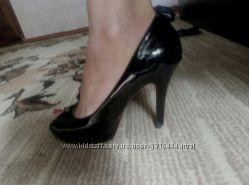 Продам туфли босоножки с открытым носиком