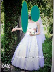 Нежное и красивое свадебное платье