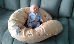 Подушка для беременных  и кормящих мам.