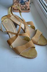 Босоножки кожаные Arcopedico. Оригинал