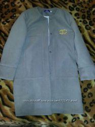 Новое женское пальто р. 42