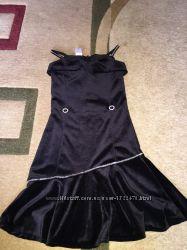 Платье велюровое фирмы C&A размер 122 см