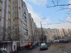Продажа 3-ком. квартиры с лоджией Вигуровский бульв. 6, Троещина