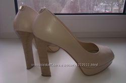 Светлые туфли sala натуральная кожа 40