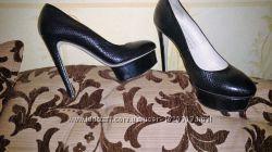 Женские туфли 36 размера CARLO PAZOLINI