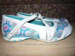 Туфли Skechers , 32 размер, стелька 20 см.
