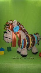 Вязаная игрушка Пони