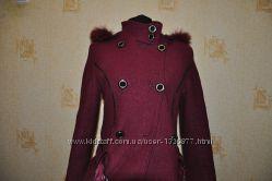 Пальто коротке на теплу зиму