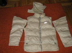 Двухсторонняя зимня куртка-жилетка  очень тёплаяв хорошем состоянии