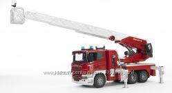 Брудер пожарная машина SCANIA R-series с лестницей М116 Bruder 03590