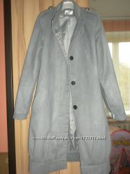 Сіреньке пальтішко