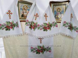 Вишитий весільний рушник під ікону