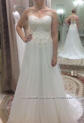 Свадебное платье А-силуэт, цвета ivory  подарок