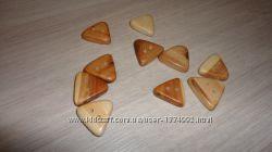 Пуговица из можжевельника Треугольная