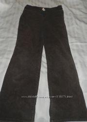продам вельветовые коричневые штаны в отличном состоянии 12р