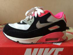 Продам Nike Air Max оригинал на девочку размер 33