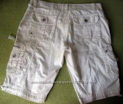 Классные белые шорты  в отличном состоянии