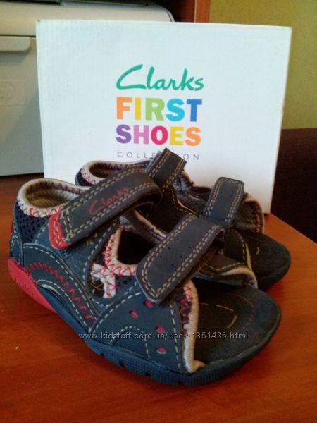детские босоножки Clarks