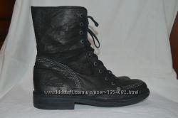 KicKers 38р ботинки кожаные демисезонные. Женские &92 детские