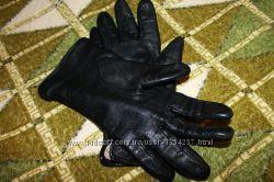 перчатки из искусственной кожи