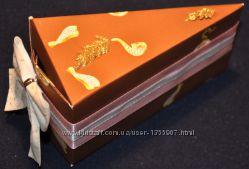Бумажный торт с подарками