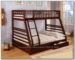 Двухярусная трехспальная кровать семейного типа Юлия массив