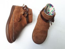 UGG Australia Ботиночки полуботинки девочке р. 2616, 5см кожа оригинал Демис