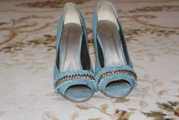 Жіноче джинсове взуття р. 39 в хорошому стані 814fa1d4874f2