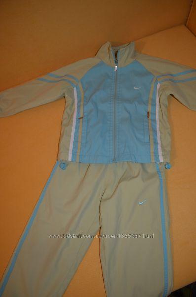 Спортивный костюм на 3-4 года 98-104 см