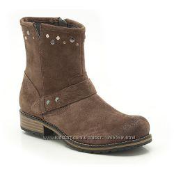 Замшеві черевики Clarks Girls Clarks Kelpieflare Jnr Mushroom Suede