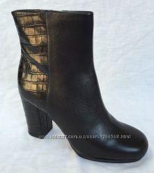 Шкіряні черевики  Clarks Gabriel Moon