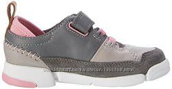 Шкіряні черевики Clarks Tri Lottie Junior Grey
