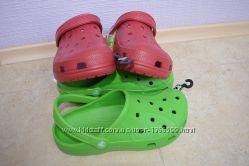 Кроксы crocs ralen мужские красные, зелёные