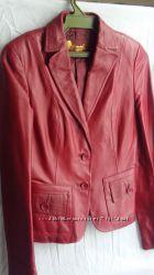 Кожаный бардовый пиджак 44-46р