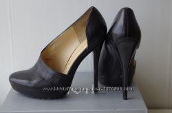 GIANMARCO LORENZI Итальянские чёрные туфли на шпильке, 39-40