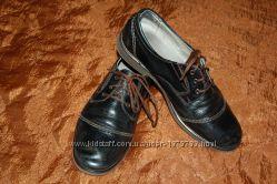 Детские кожаные туфли фабрики Міda 38 размер