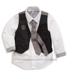 рубашка, жилет, галстук и пиджак