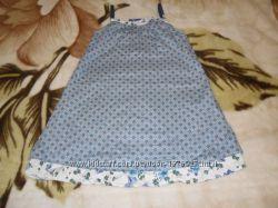 Красивое детское платьице с цветочным принтом