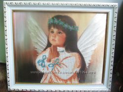 Картина вышита бисером Ангелочек