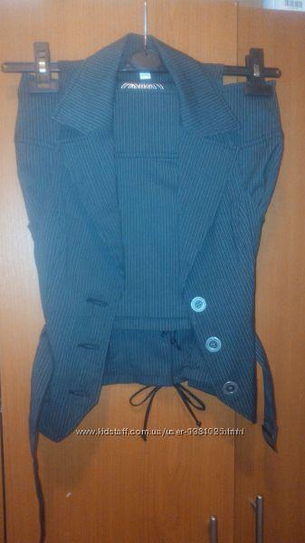 Очень стильный костюм двойка, Tally Weijl юбка и жилет, рХС-С, состояние но