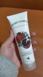 Эмульсия из гранатового сока для избавления от растяжек