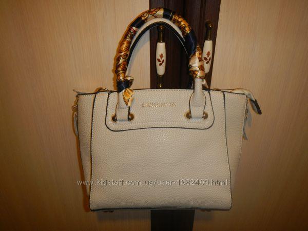 Celine сумка цвет слоновая кость
