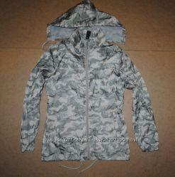 женская куртка camo камуфляжная ветровка