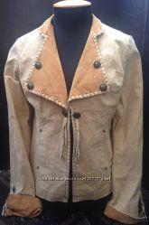 Замшева курточка