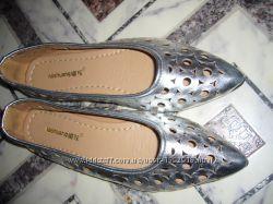 Лодочки туфли школьные новые на девочку 36 р-р 23, 5 см стелька металик