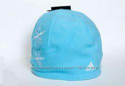 женская флисовая шапка adidas