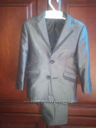 Стильный серый классический костюм на мальчика 5-6 летТурция
